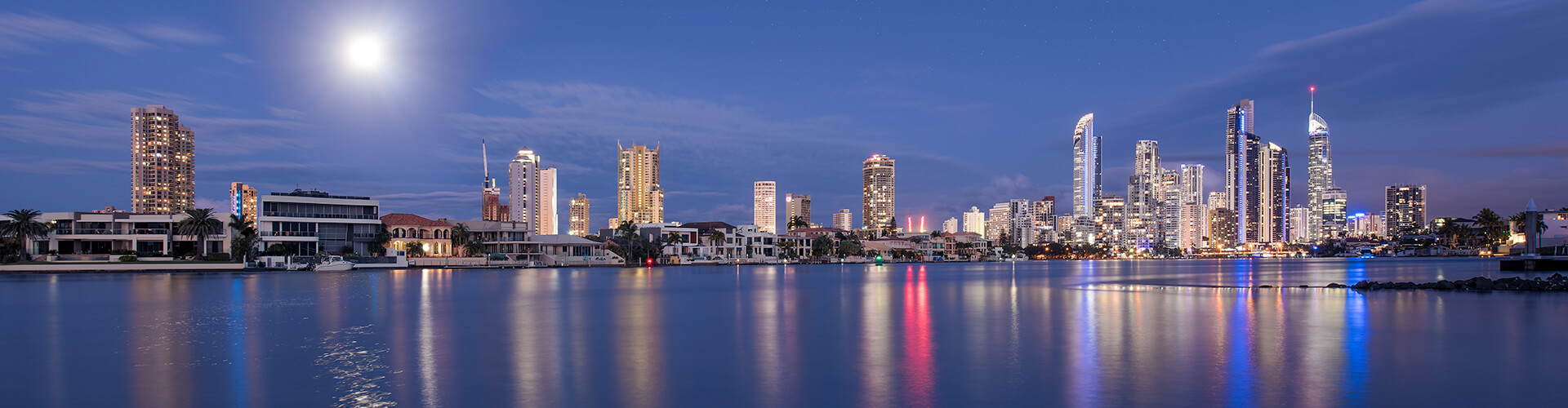 surfers paradise overlooking canals